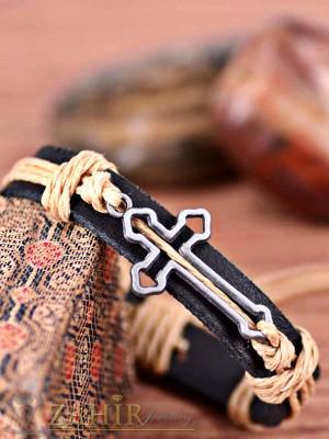 Черна кожена гривна с метален кръст 3,5 см, регулираща се дължина - MG1121