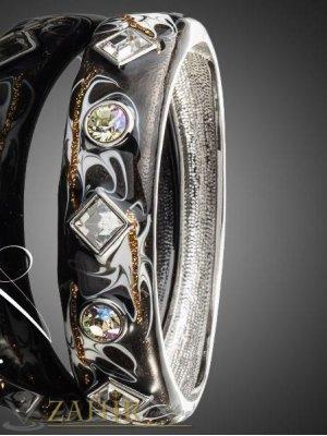 Висококачествена графитена гривна с кристали и стоманена основа, дълга 18 см- G1729