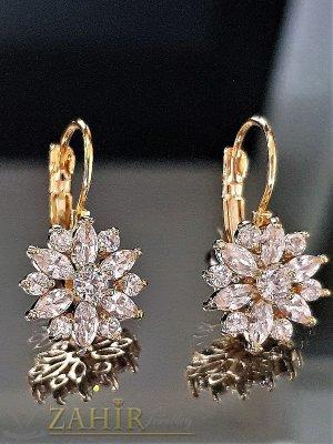 Блестящи обеци 2,5 см - цветя, обсипани с многобройни бели кристали, златно покритие - O2036