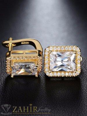 Нежни малки 1,2 см обеци с красиви блестящи кристали, златно покритие, английско закопчаване - O2132