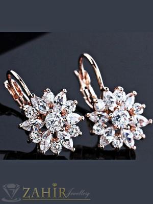 Великолепни обеци с фасетирани бели кристали, златно покритие, на кукичка - O2185