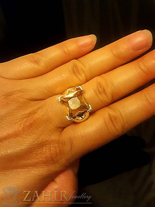 Великолепен пръстен с голям кехлибарен кристал - 1 см, златно покритие - P1415