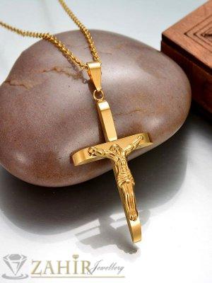 Изящен позлатен кръст 5 см с Исус на тънък стоманен ланец 50 см - K1735