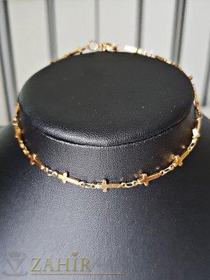 Стоманена гривна за крак 24 см с нежни кръстове , златно покритие - GK1066