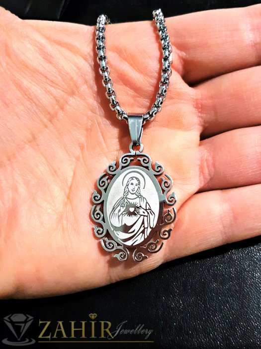 Изящна стоманена плочка с гравирана Богородица 3 см на нежен стоманен ланец 45 см - K1770