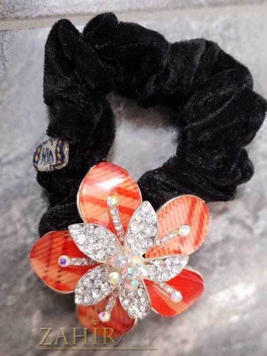 Аксесоари за коса - Червено метално цвете с кристали на черен велурен ластик - LK1076