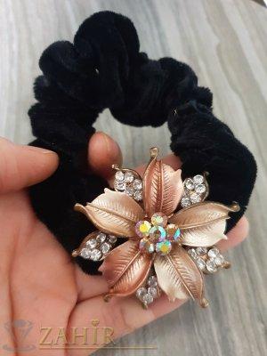 Бронзово метално цвете с кристали на черен велурен ластик - LK1081