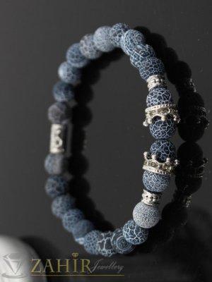 Гривна от напукан сив ахат 8 мм с две сребристи корони с ковани кристали и разделители, 7 размера - MGA1403