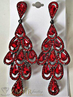 Червени луксозни кристални обеци дълги 9,5 см, закопчаване на винт - O2474