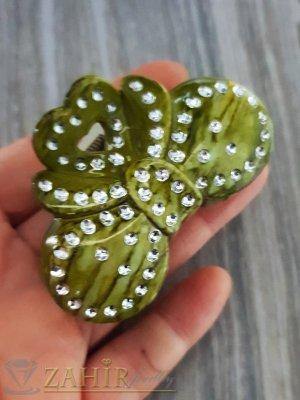 Малка маслено зелена щипка с бели кристали, дълга 6 см - ST1070