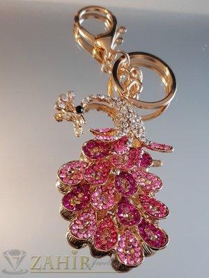 Възхитителен розово-бял кристален паун 8 на 5 см на позлатен ключодържател 13 см - KL1091