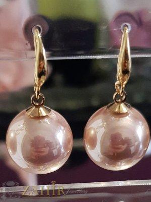 Бледорозови перлени обици 3 см с голяма 1,5 см перла, позлатени, на кукичка - O2577