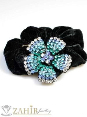 Черен велурен ластик с цвете от сини кристали - LK1003