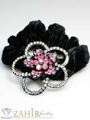 Черен велурен ластик с цвете от бели и розови кристали - LK1010