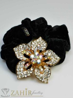 Черен велурен ластик с цвете от бели кристали - LK1022