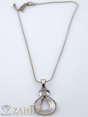 Нежно колие 45 см с гравирана висулка 3 см с кристали, сребристо - K1220