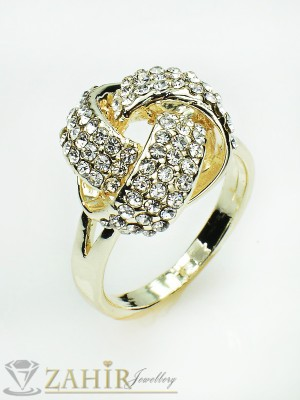 Блестящи кристали на нежен стилен пръстен със златно покритие - P1345