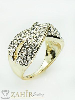 2016 хит модел класически плетен пръстен с бели кристали и златно покритие - P1347