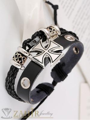 Двойна черна кожена гривна с гравирани метални елементи и кръст,регулираща се дължина - MG1107
