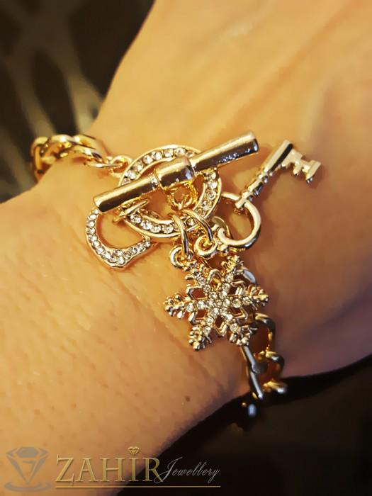 Дамски бижута - Великолепна гривна верижка с висулки и кристали, златно покритие - 20 см. - G1692
