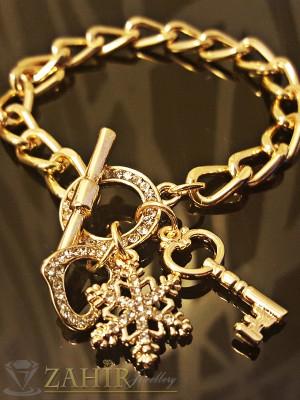 Великолепна гривна верижка с висулки и кристали, златно покритие - 20 см. - G1692