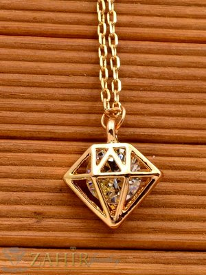 Фасетиран кристал в пирамида - 1 см на нежно колие 40 + 5 см, златно покритие - K1591