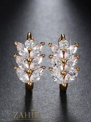 Нежни обеци - 2 см с блестящи кристали, златно покритие,закопчаване на винт- O2104