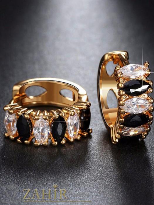 Нежни обеци - 2 см с блестящи бели и черни кристали, златно покритие, английско закопчаване - O2108