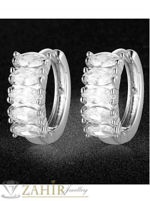 Блестящи нежни халки 1,6 см с фасетирани бели кристали, английско закопчаване, сребристи - O2140