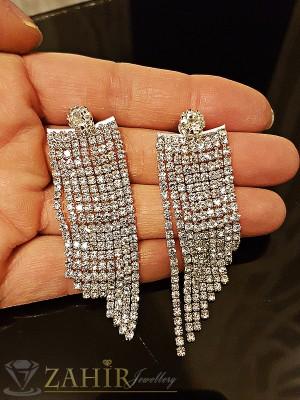 Официални луксозни дълги 6 см обеци с красиви бели кристали, розово златно покритие,2 позиции- пред и зад ухото- O2161