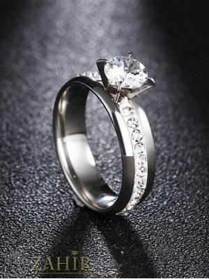 Непроменящ цвета си стоманен годежен пръстен с изящен бял кристал, топ-хит модел - P1417