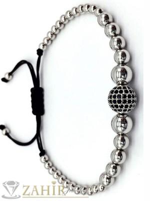 Регулираща се гривна с микропейвмънт топче 10 мм с черни кристали и  сребристи топчета  - MA1047