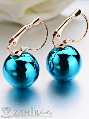 Големи метални сини топки 1, 5 см на обеци със златно покритие 2,5 см - O2368