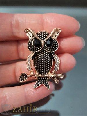Фино изработен златисто черна сова на брошка 4 см с бели кристали и златно покритие - B1107
