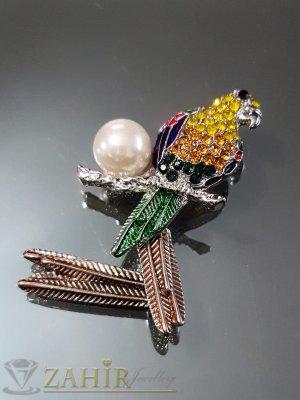 Цветен кристален папагал с перла и движеща се опашка на брошка 7 см, сребърно покритие - B1108