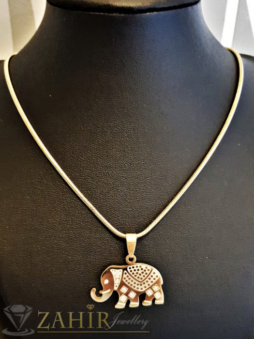 Дамски бижута - Лазерно гравирано позлатено стоманено слонче 3 см на ланец 48 см - K1790