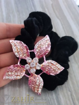 Розово бяло метално цвете с кристали на черен велурен ластик - LK1080