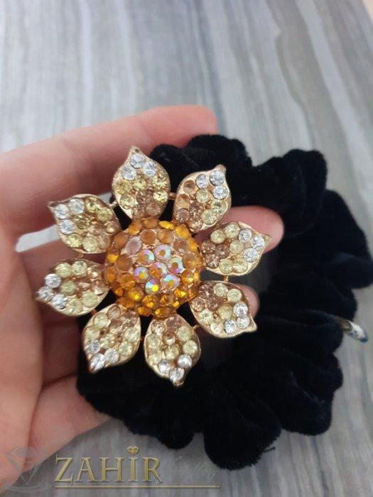 Аксесоари за коса - Жълто метално цвете с кристали на черен велурен ластик - LK1092