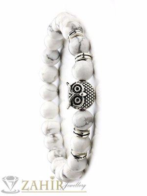 Бяла ластична гривна с елемент Сова от хаулит 8 мм, налична в 5 размера - MA1089