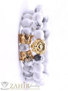 Два броя гривни от бял хаулит 8 мм с позлатено лъвче и корони, налична в 5 размера - MA1129