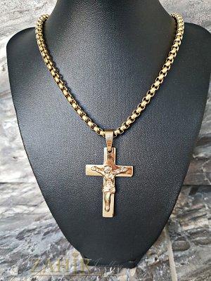 Изящно изработена позлатена стоманена верига 60 см, широка 0,6 см с висулка кръст с Исус 5 см - ML1325