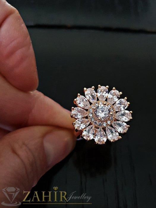 Дамски бижута - Пръстен кристално цвете с уникални циркони и двойно златно покритие - P1478