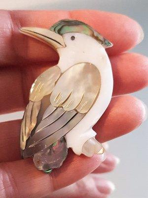Седефена брошка птица, 5 на 2,5 см, изработена от преливащи разноцветни седефи - B1140