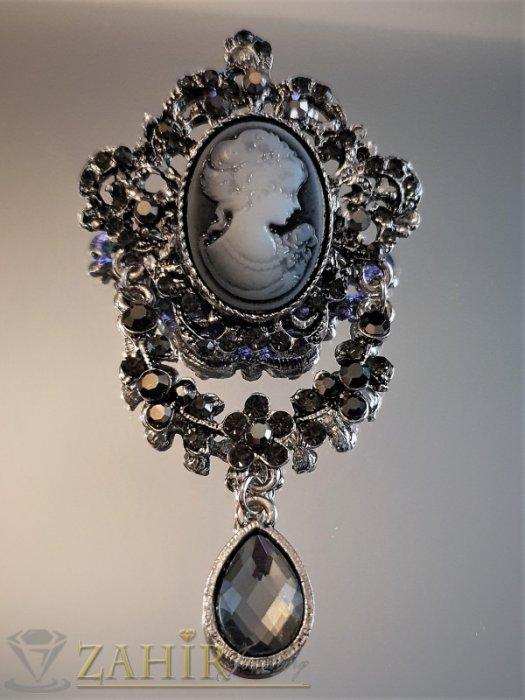 Дамски бижута - Графитена кристална ретро брошка 7 на 4 см, с портрет на дама и сиви и черни кристали - B1153