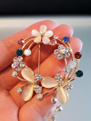 Кристална брошка с цветя и пеперуди, 5 на 5 см, цветни кристали, котешко око и златно покритие - B1161