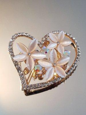 Изящно кристално сърце 4,5 см на брошка с 3 цветя от котешко око и златно покритие - B1163