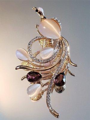 Красива брошка или висулка за колие кристален паун 8 на 3 см с котешко око и златно покритие - B1169