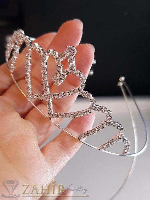 Аксесоари за коса - Деликатна кристална коронка тип диадема, висока 4 см, сребриста - D1131