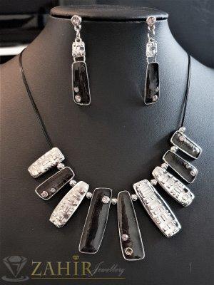 Черни емайлирани и сребристи и висулки на колие 45+9 см и обеци 5 см, цинкова сплав - E1023