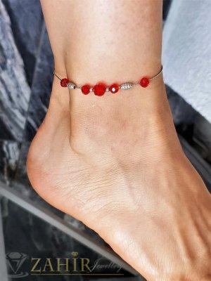 Неустоима стоманена гривна за крак с червени фасетни кристали, регулира се до 26 см - GK1115